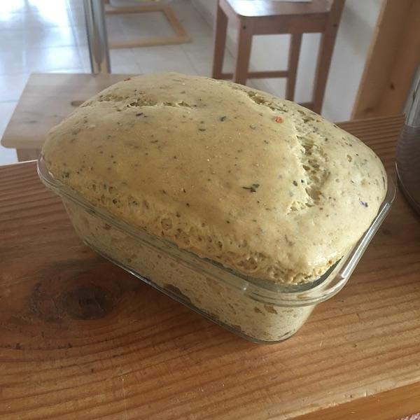 Pâte levée, version aux herbes